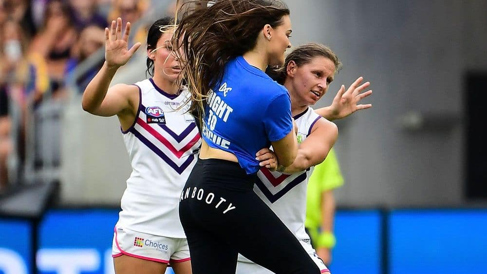 Match Report Dockers Crush Eagles In Historic Derby